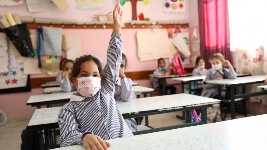 التعليم بغزة تعلن قرارات والتحول إلى التعليم عن بعد