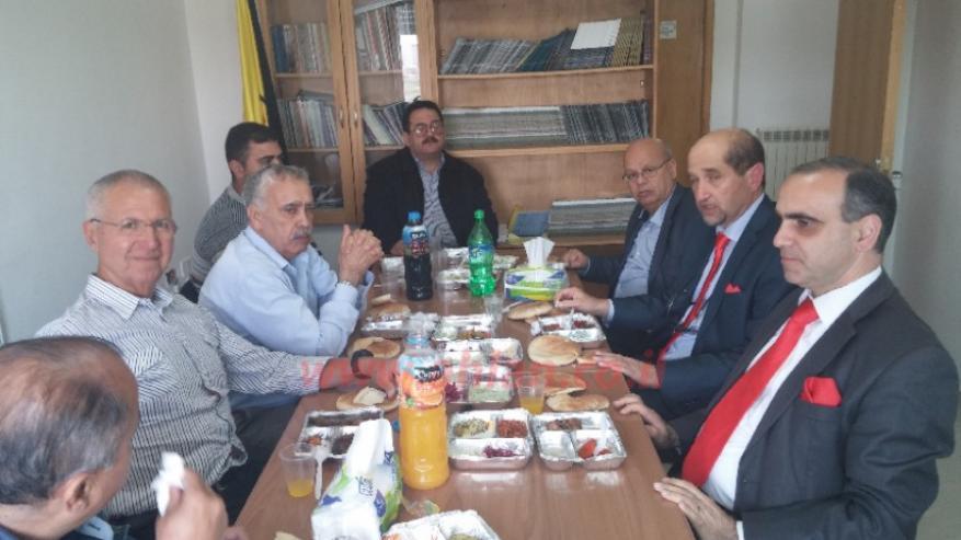 """""""BDS"""" تدين التطبيع المستمر من لجنة تابعة لمنظمة التحرير وتدعو لحلها"""