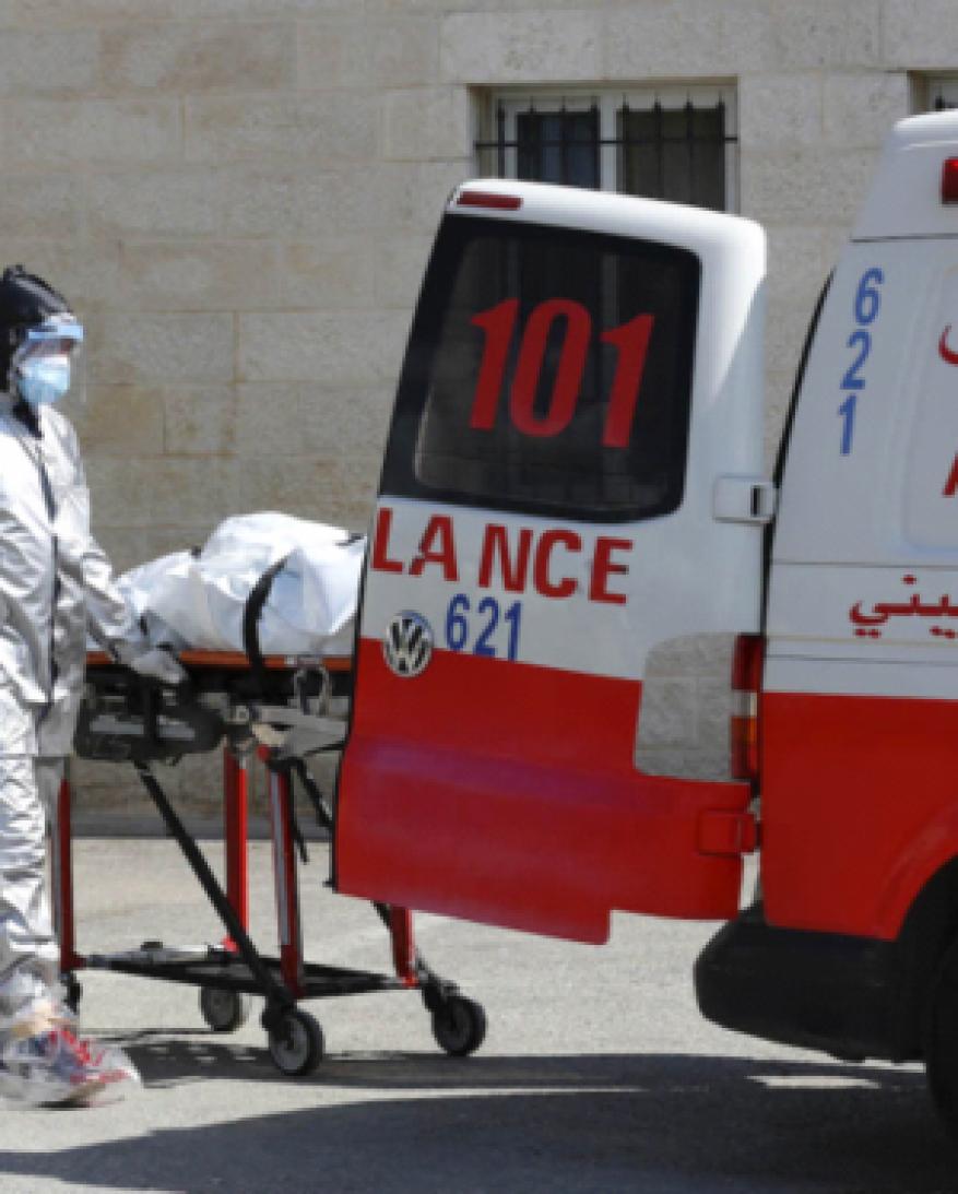 الصحة بغزة تقلص فحوصات كورونا بـ50% لنقص المواد المخبرية