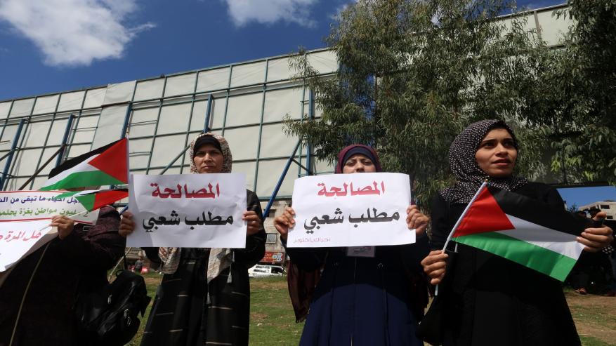 صحيفة: حركة فتح لم تقدم مبادرة للمصالحة وهذا ما طلبته من القاهرة!