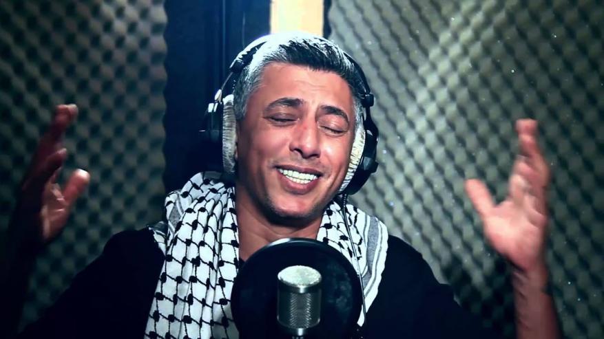 """""""MBC"""" تصر على الفنان عمر العبدلات لمهاجمة قطر والأخير يصدمها برده"""