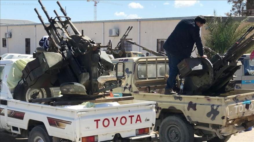 الجيش الليبي يبدأ بالتقدم نحو مطار طرابلس القديم