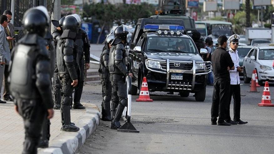 ضبط عصابة حاولت بيع أرض مصرية تتعدى قيمتها 6 مليارات جنيه