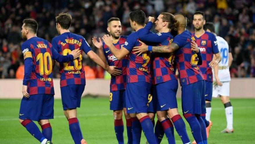 9 لاعبين من برشلونة مطلوبين في الدوري الإنجليزي