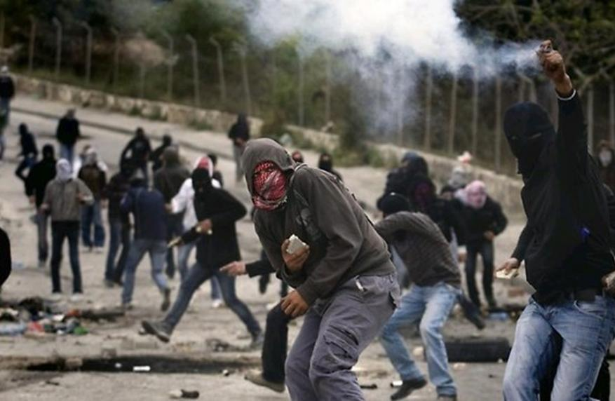 قد يفجر الوضع.. جهاز الأمن الإسرائيلي يحذر من عواقب الأزمة الاقتصادية بالضفة