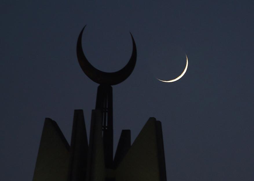 مساء اليوم.. فلسطين تتحرى هلال شهر رمضان 2021
