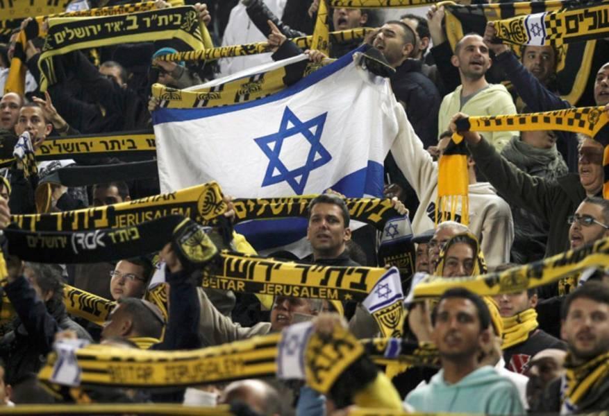 وفد إسرائيلي يزور الإمارات لتوقيع اتفاق بيع أكثر الأندية معاداة للعرب لأحد أفراد العائلة الحاكمة