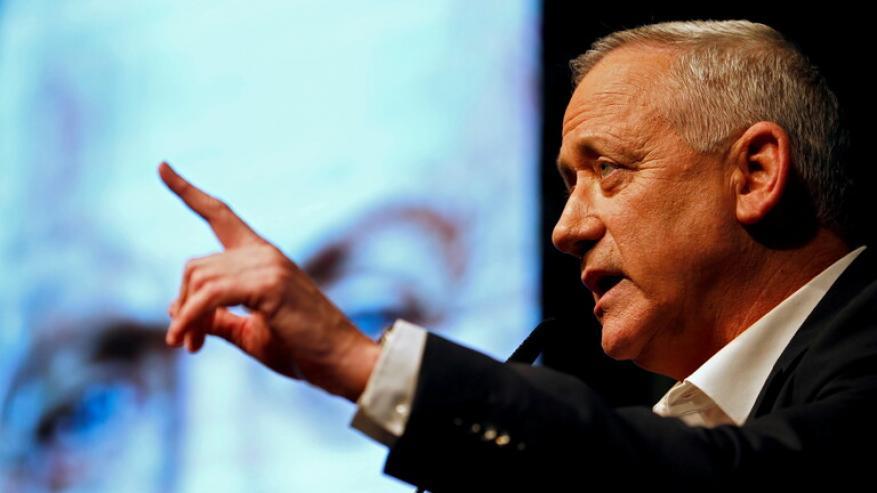 غانتس يحث أحزاب يسار الوسط على الاتحاد ضد نتنياهو