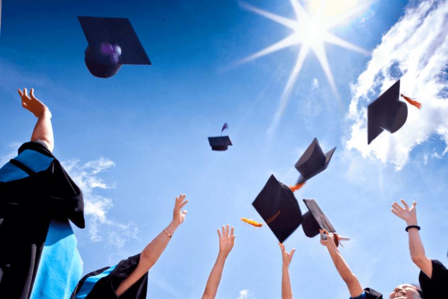 """""""التعليم العالي"""" تعلن عن منح دراسية في كوبا بمجال الطب البشري"""