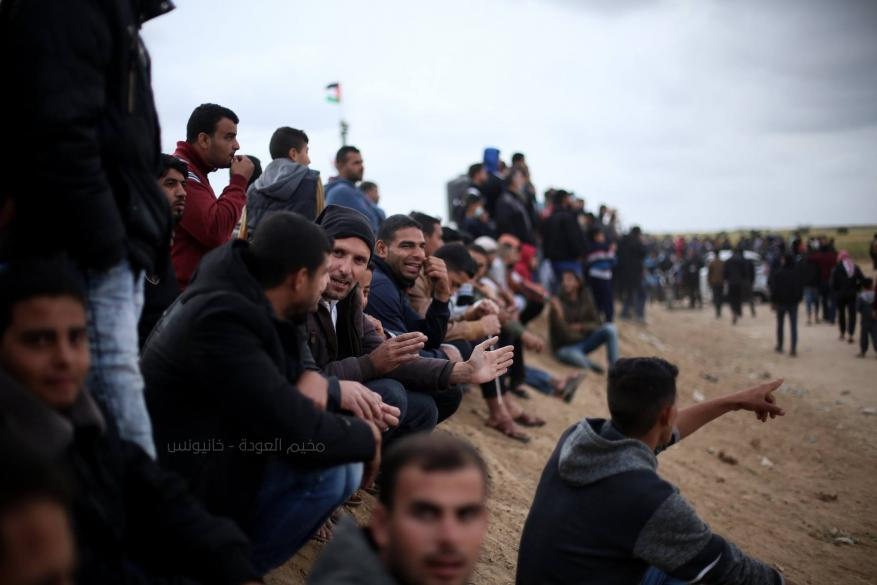 توافد عشرات العائلات الى مخيمات العودة على حدود غزة الشرقية
