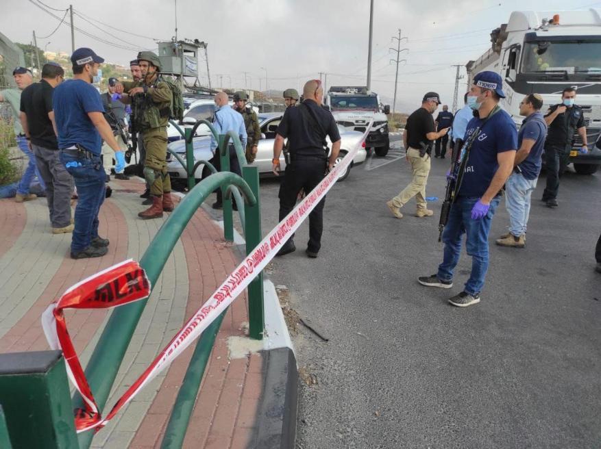 إصابة شاب بزعم دهسه جنديين إسرائيليين جنوب نابلس