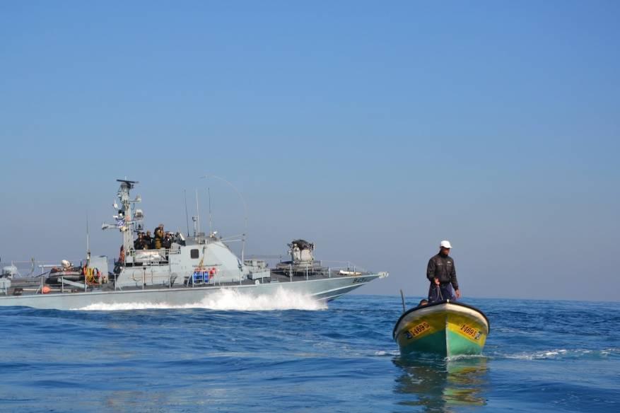 بحرية الاحتلال تطلق النار تجاه الصيادين في بحر غزة