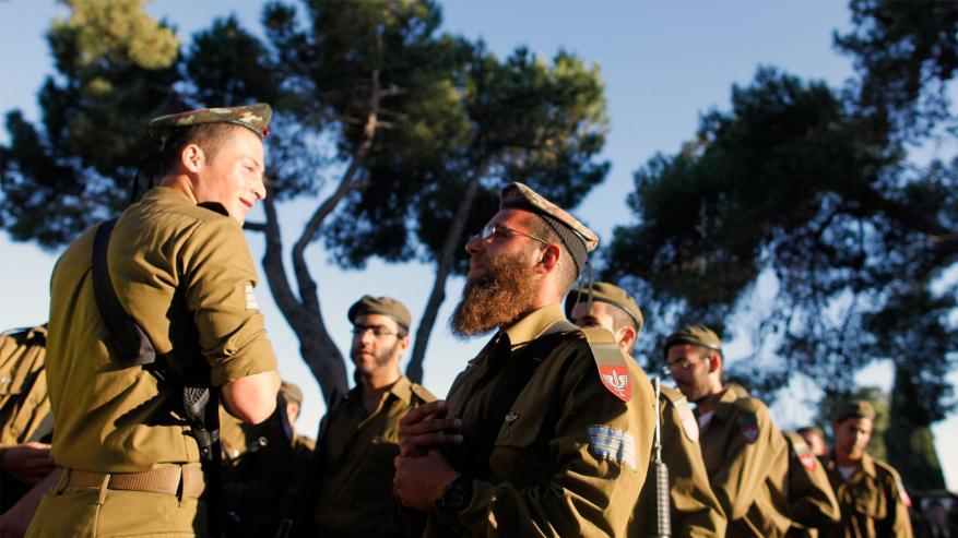 """""""إسرائيل اليوم"""": ارتفاع معدل المتهربين من الجيش في الوسط الحريدي إلى 50%"""