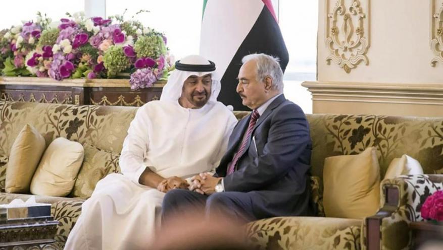 مجلة إيطالية: لماذا تموّل الإمارات الحرب في ليبيا؟