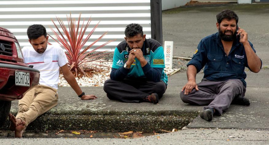قصة الأبطال الذين قدموا حياتهم من أجل إنقاذ المصلين الآخرين في نيوزيلندا
