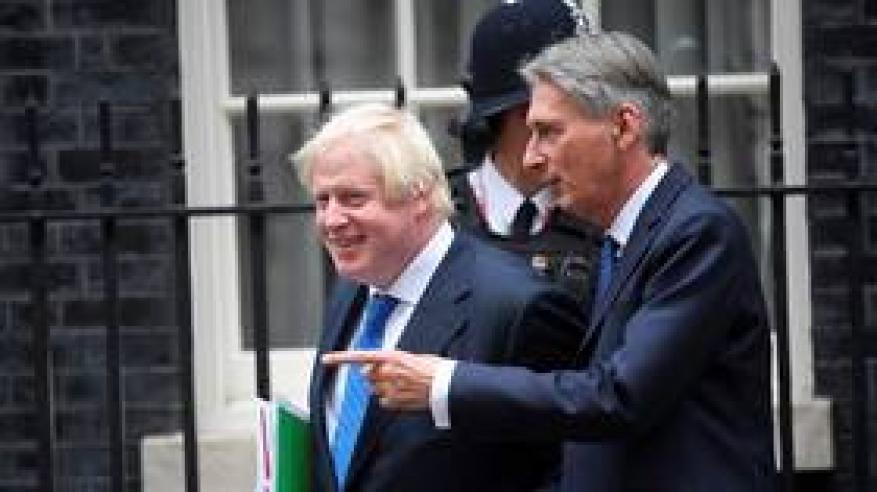 """وزير بريطاني سابق يحذر جونسون من """"خيانة"""" بريطانيا"""