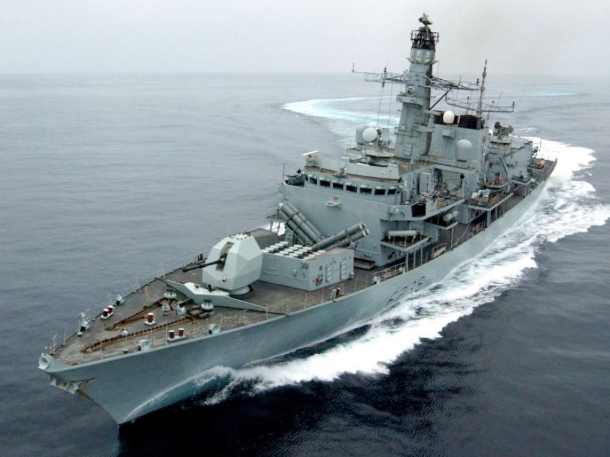 واشنطن تصدر تحذيرًا بحريًا للسفن التي تعبر مضيق هرمز