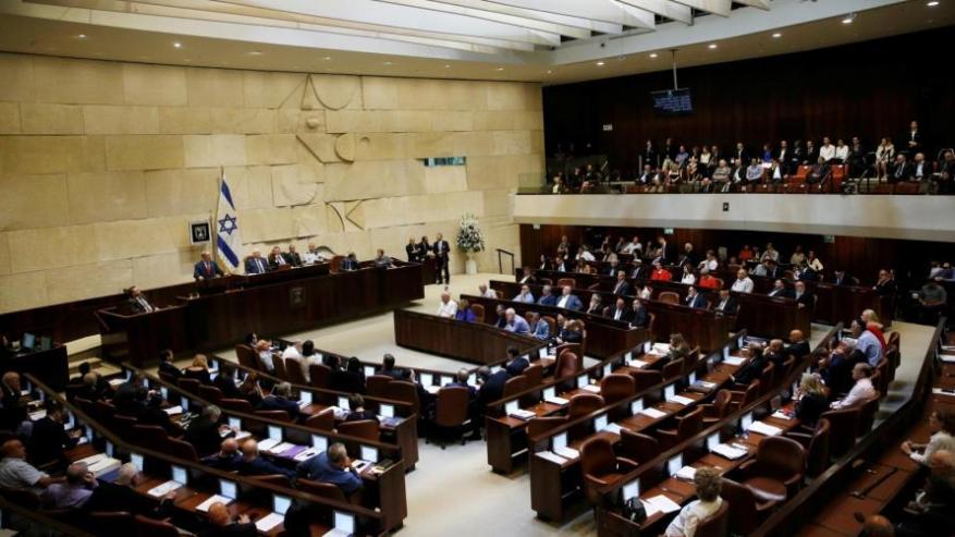 قناة عبرية: الكنيست يصادق بالقراءة التمهيدية على حل نفسه