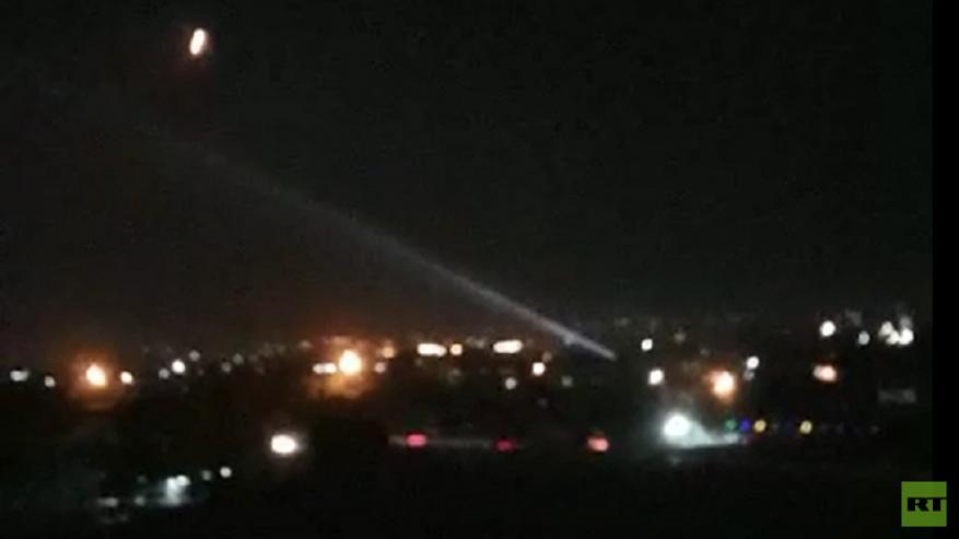 سوريا .. التصدي لصاروخ وتدميره في سماء مصياف