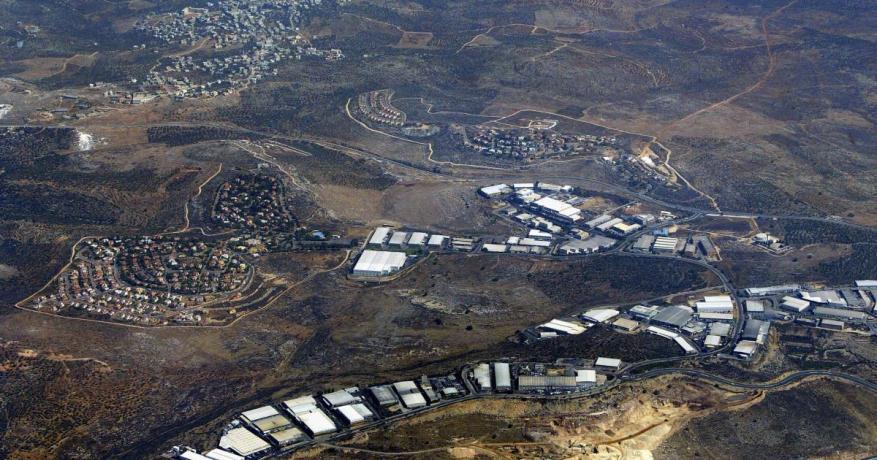 """""""إسرائيل"""" تطالب بريطانيا بإدراج الأراضي المحتلة باتفاقية التجارة الثنائية"""