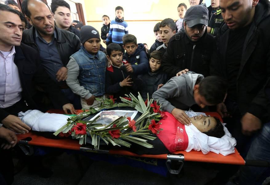 ميلادينوف يعبّر عن صدمته لقتل الاحتلال الإسرائيلي طفليْن بغزة