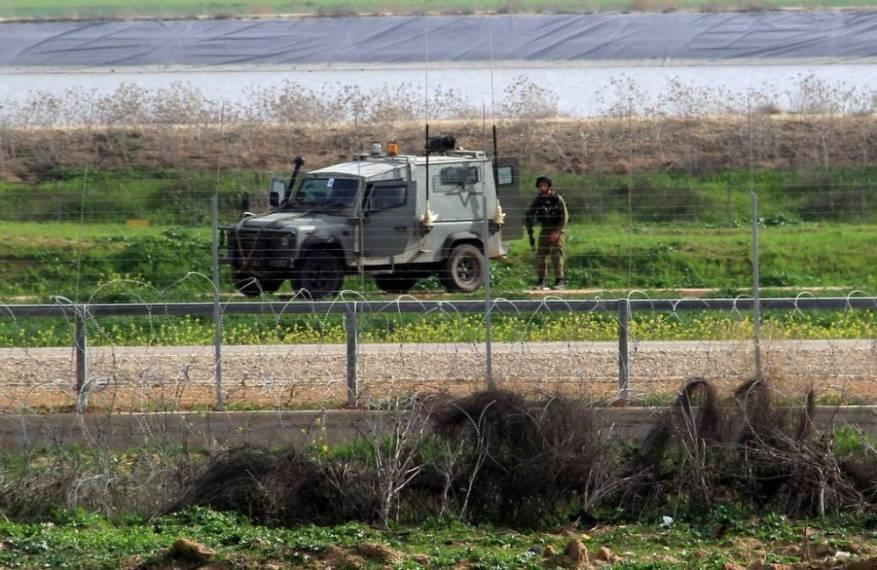 قوات الاحتلال تعتقل فلسطينيا شمالي قطاع غزة