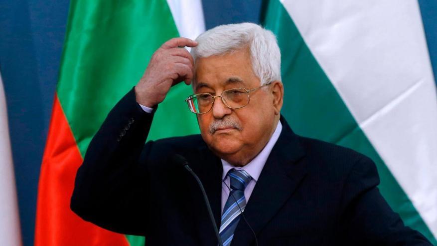 """بعد رفض مساعدات وصلت عبر إسرائيل.. فتح تندد """"بإساءات"""" إماراتية بحق عباس"""