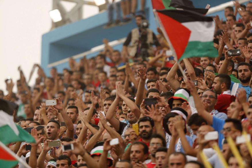 منسق الأمم المتحدة للشؤون الإنسانية في فلسطين يدعو لتمكين الشباب