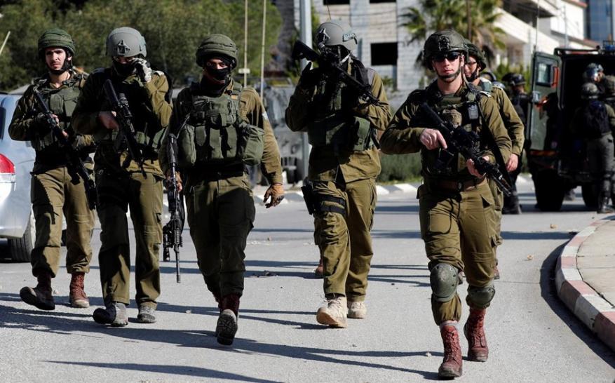 قوات الاحتلال تبحث عن مستوطن تعرض للخطف بالقدس