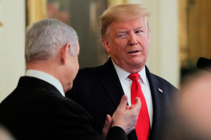 """ترامب يعلن """"صفقة القرن"""".. لا عودة للاجئين ونزع السلاح وبقاء المستوطنات والقدس عاصمة """"إسرائيل"""""""