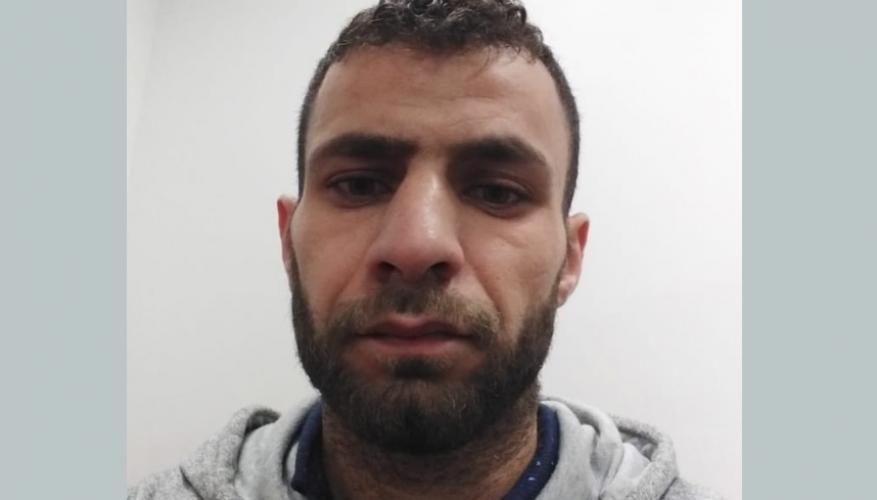 بعد رفضه الترحيل.. الشرطة التركية تعتدي على لاجئ فلسطيني محتجز بمطار اسطنبول
