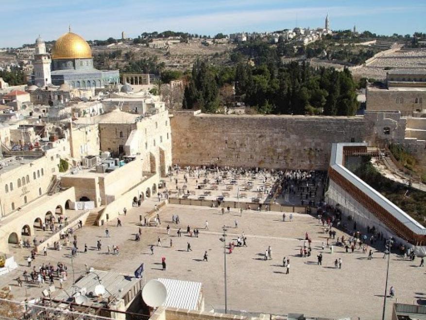 الأردن يدين قرار الاحتلال بناء مصعد بالقدس القديمة