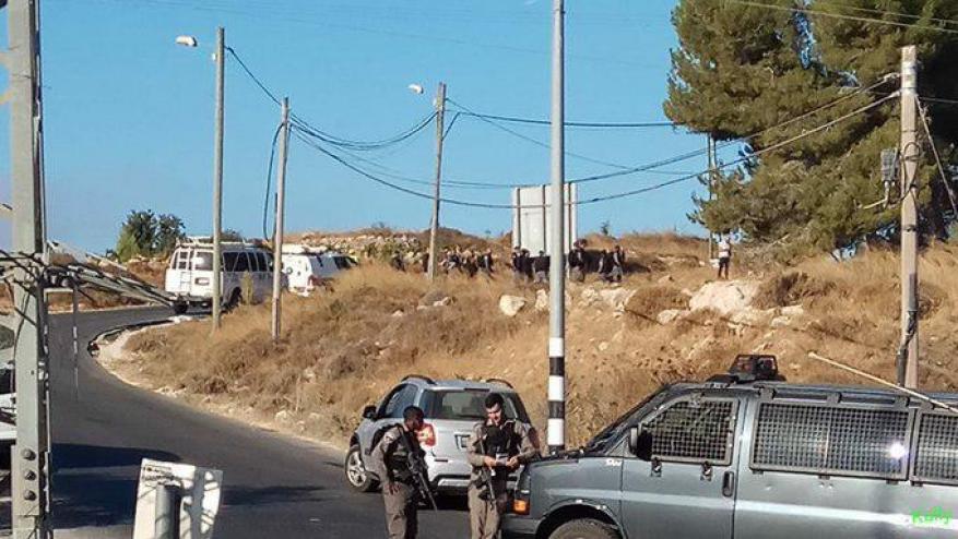 يديعوت: هذه الجهة هي المسؤولة عن مقتل وربما محاولة اختطاف الجندي الإسرائيلي بالضفة