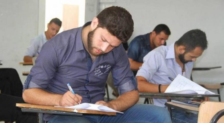 """""""التعليم العالي"""" تُمدد التسجيل إلكترونياً للامتحان الشامل"""