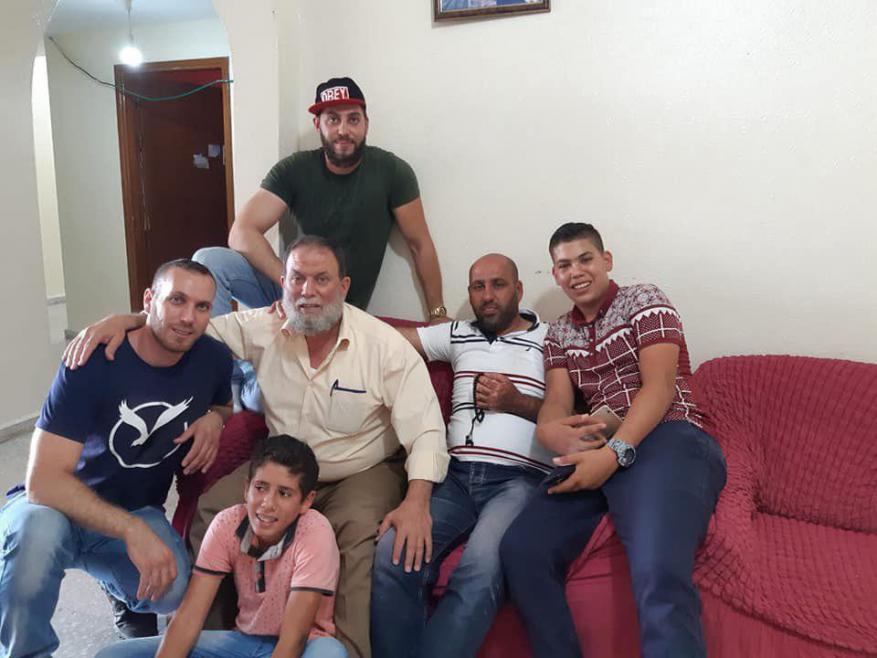 الاحتلال يمدد اعتقال الأسيرين عاصف ومحمد البرغوثي مجدداً