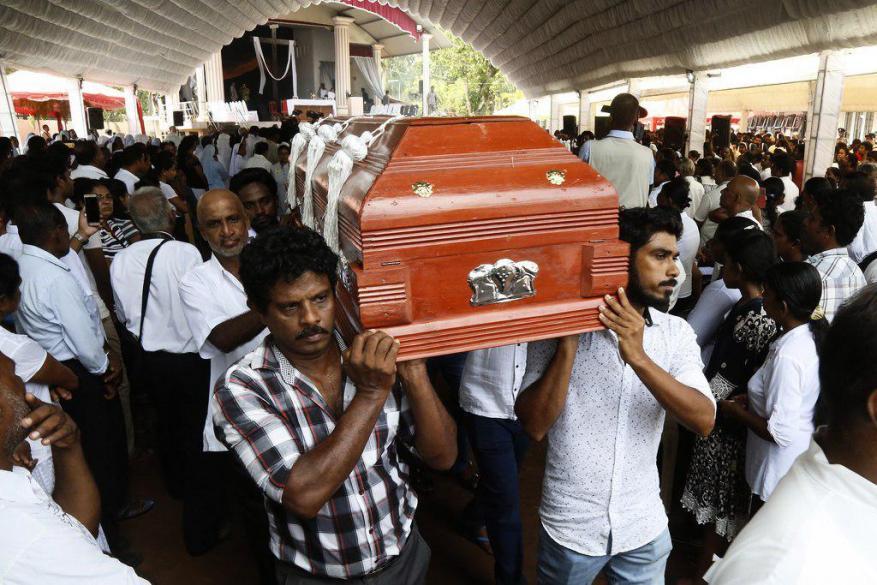 """""""داعش"""" يعلن مسؤوليته عن تفجيرات سريلانكا"""