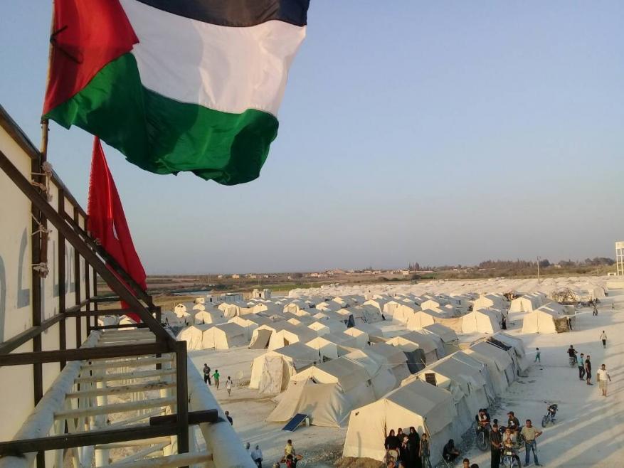 325 عائلة فلسطينية في مخيم دير بلوط تطالب بإيجاد حل جذري لمأساتها