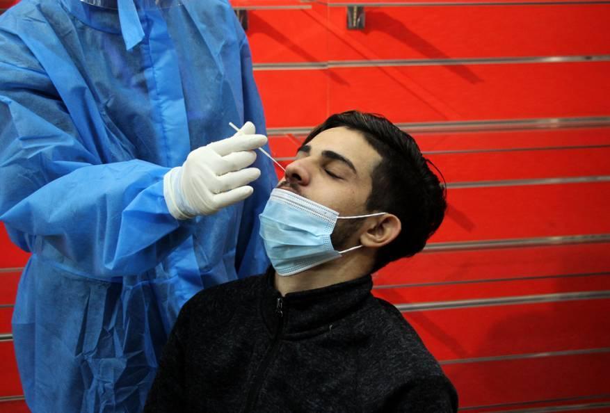 الصحة بغزة: حالة وفاة و286 إصابة جديدة بفيروس كورونا و530 حالة تعافِ