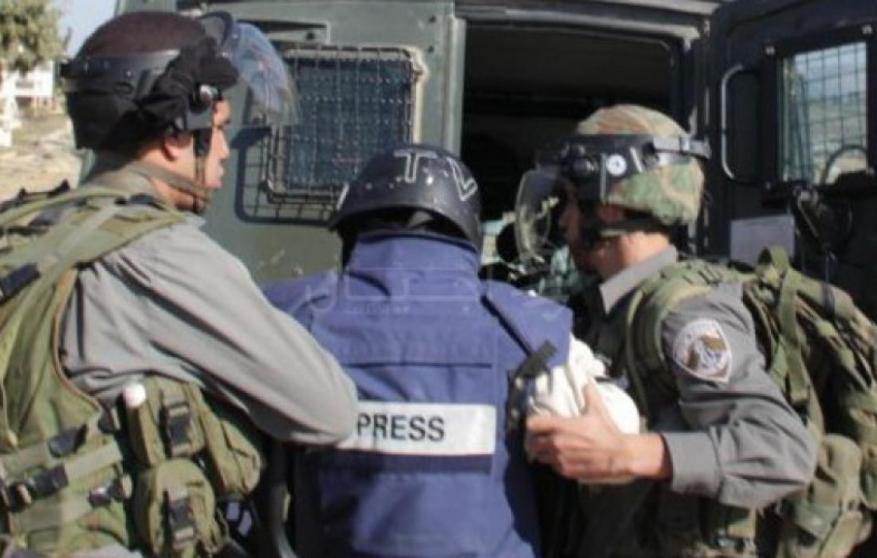 الاحتلال يعتقل مصورا صحفيا من القدس
