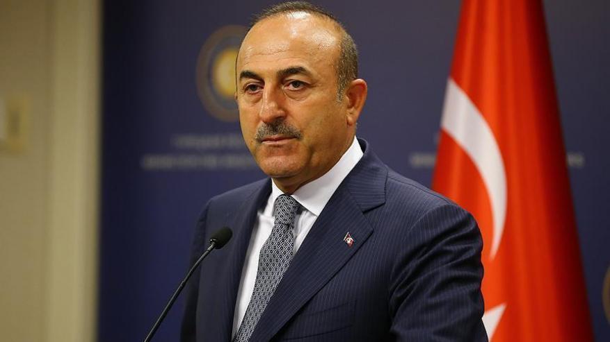 تركيا تشجب دعوة حفتر إلى اليونان