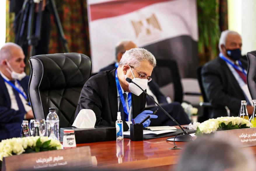 خاص شهاب .. آخر مستجدات حوارات الفصائل في القاهرة