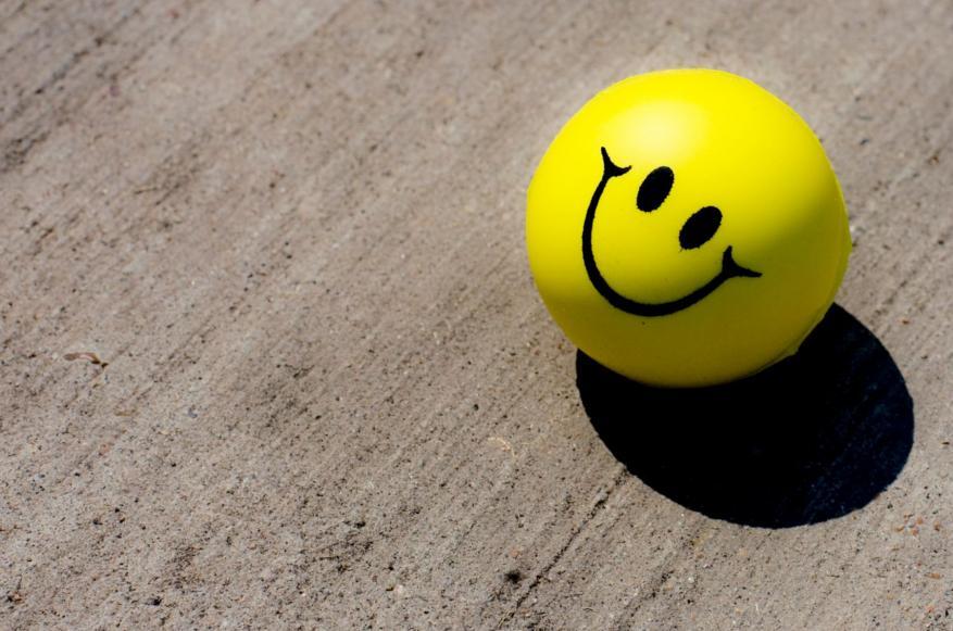 السعادة حظوظ تُمطر علينا أم أهداف نخطِّط لها؟