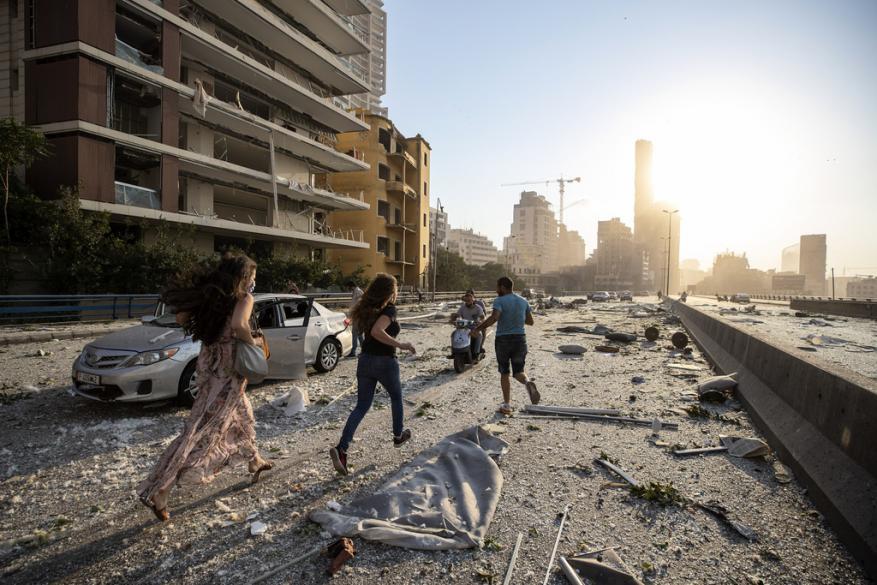 300 ألف مشرّد في بيروت وخسائر ماديّة أوليّة بكلفة 5 مليار دولار