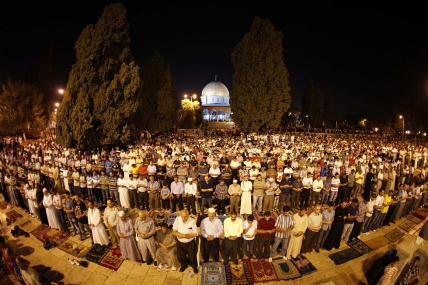 """حماس تدعو للنفير العام ضمن حملة """"الفجر العظيم"""" في المسجد الأقصى والإبراهيمي"""