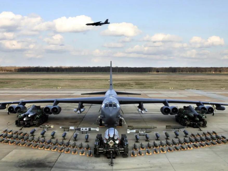 "واشنطن ترسل رسالة إلى إيران عبر قاذفات ""B-52"""