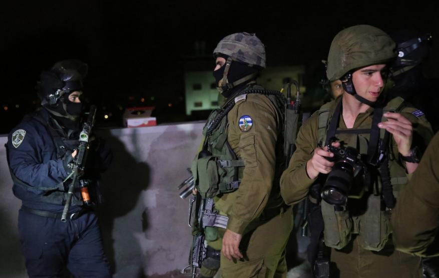 اعتقالات بمداهمات للاحتلال بالضفة والقدس
