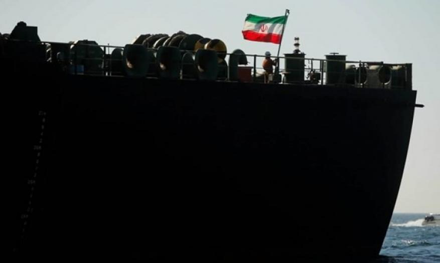 """عبر قرصنة بحرية.. واشنطن تعلن """"سرقة"""" وقود إيراني وبيعه"""