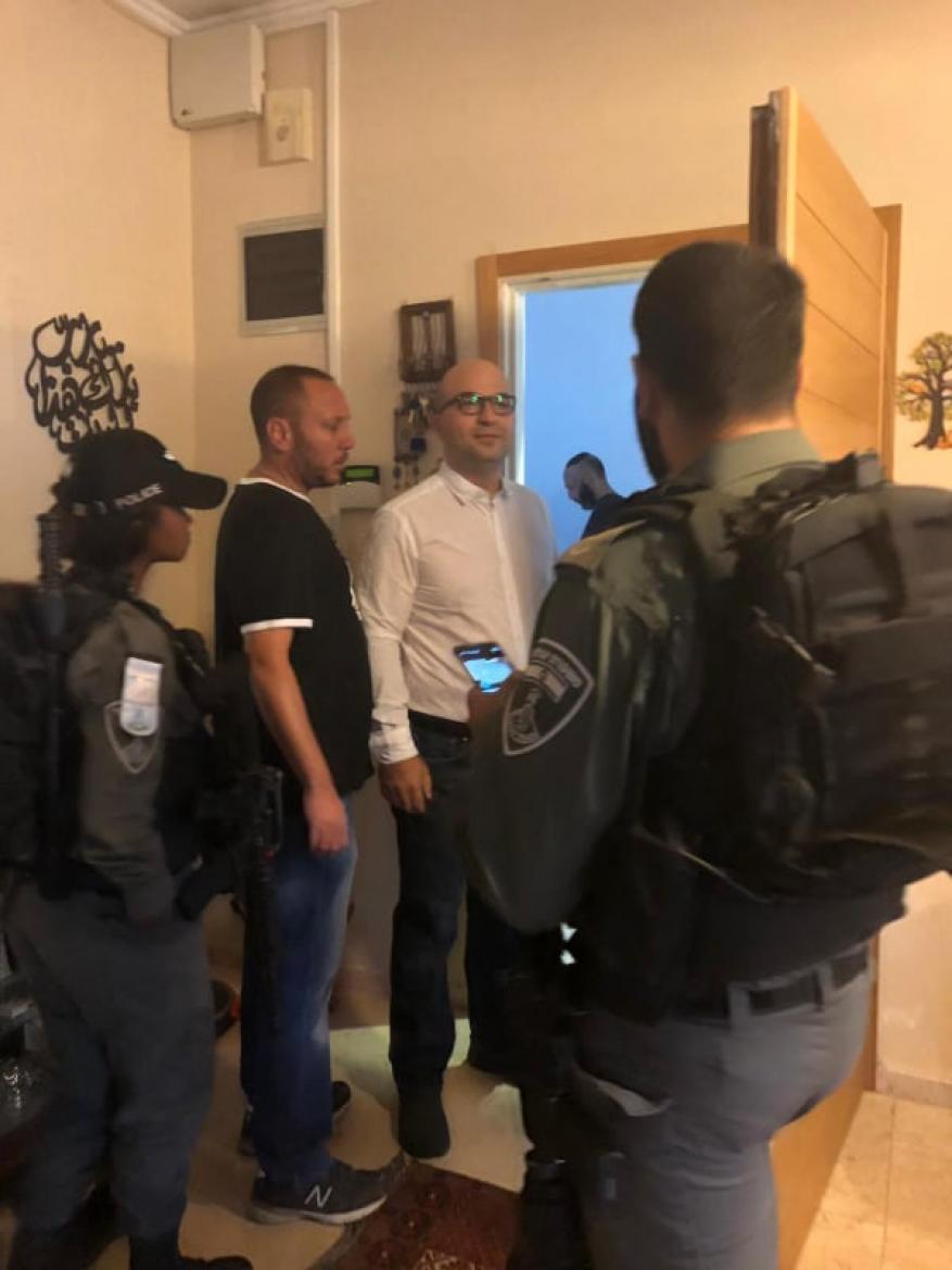 بينهم وزير شؤون القدس.. الاحتلال يعتقل 7 مواطنين بالضفة والقدس