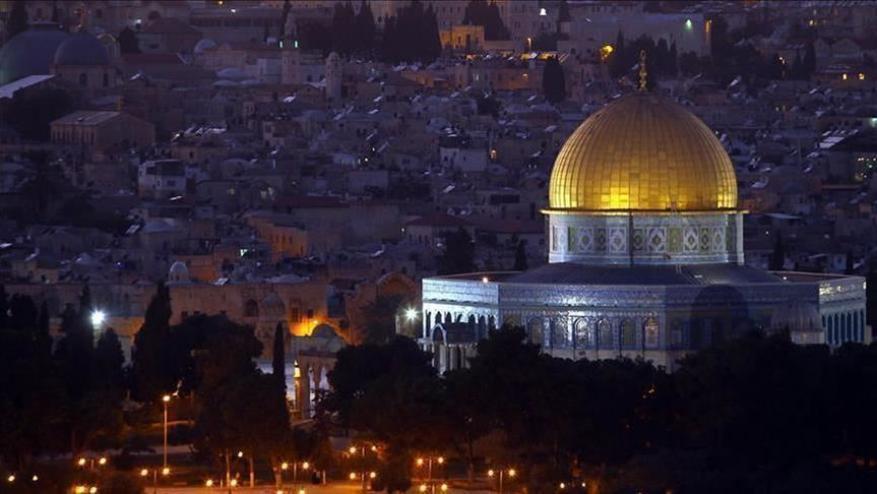 خطيب الأقصى يحذر من محاولات خبيثة لاستهداف القدس وأهلها