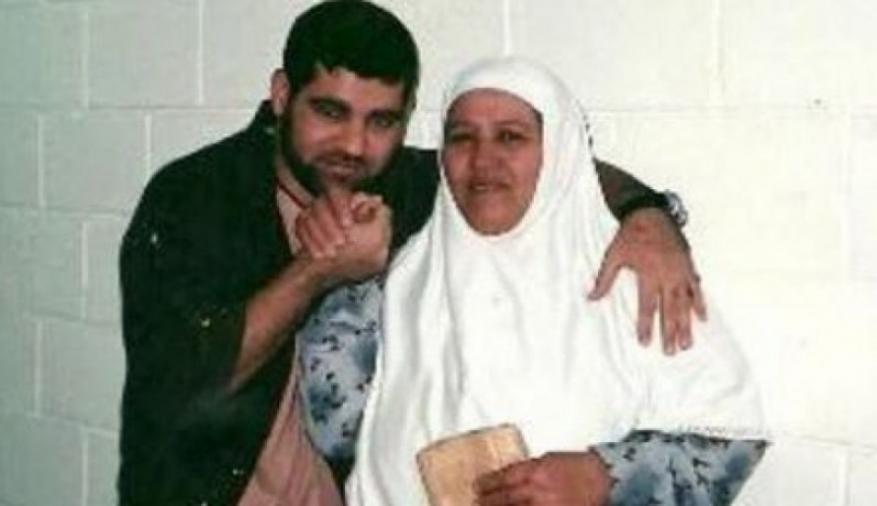 الأسير المريض أبو دياك: أريد الموت في حضن أمي